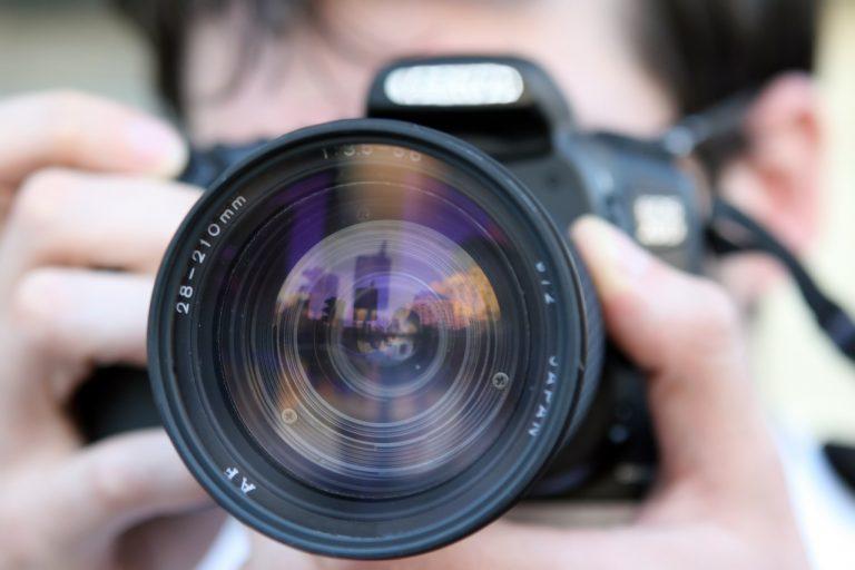 Quali strumenti tecnologici sono indispensabili per un fotografo?