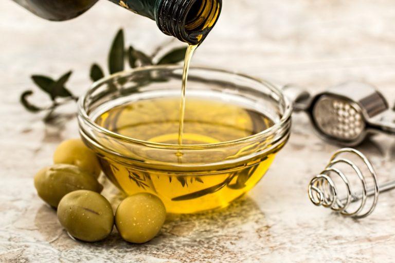 Tre curiosità che non tutti conoscono sull'olio extravergine d'oliva italiano