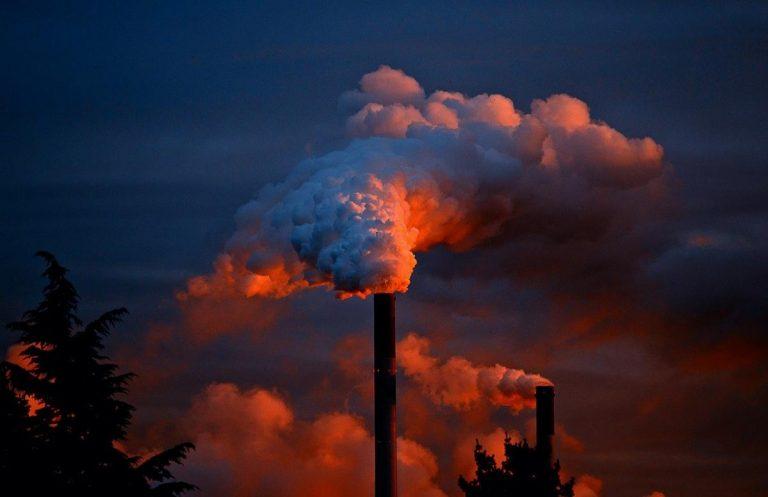 Come funziona un impianto di aspirazione e filtrazione di fumi, polveri e gas
